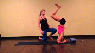The Yoga Stand: Headstand Demo and Benefits