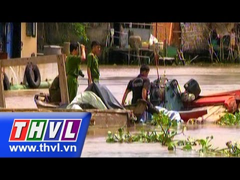 THVL   Hậu Giang: Xà lan tông ghe chở phân bón, 4 người thoát chết