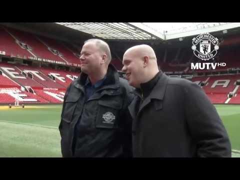 Michael van Gerwen and Raymond van Barneveld Visit Old Trafford!