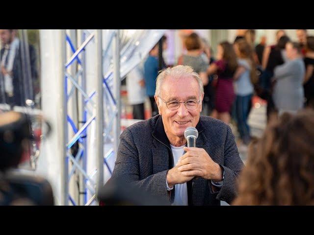 Interview de Bernard Le Coq - L'incroyable histoire du facteur Cheval