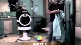 Chaves - confusão no cabeleireiro (completo)
