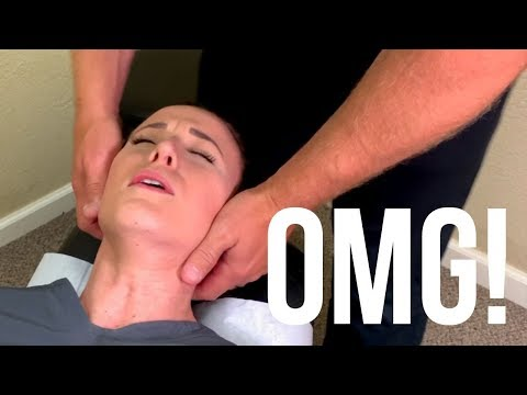 chiropractor-friendswood- -stiff-neck-treatment