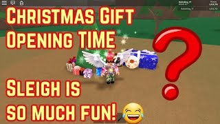 Roblox Lumber Tycoon 2 ✪ Opening all the Christmas Gifts for 2018 ✪ Sleigh is to much fun!