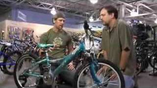How to Buy a Kids Bike - Video(http://www.DadLabs.com - Bicycling is a great activity that the whole family can enjoy. In this episode of Gear Daddy, Daddy Troy speaks with Chris Carter, bike ..., 2007-12-06T01:53:55.000Z)