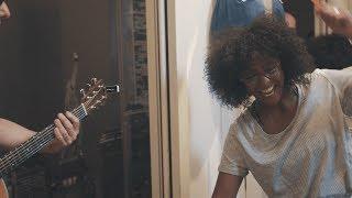 Baixar No Roots (Alice Merton Cover) - #ShakeYourMorning | Senhit