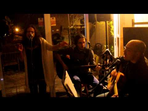 Jam Session - Arte Bar (cover hit the road jack)
