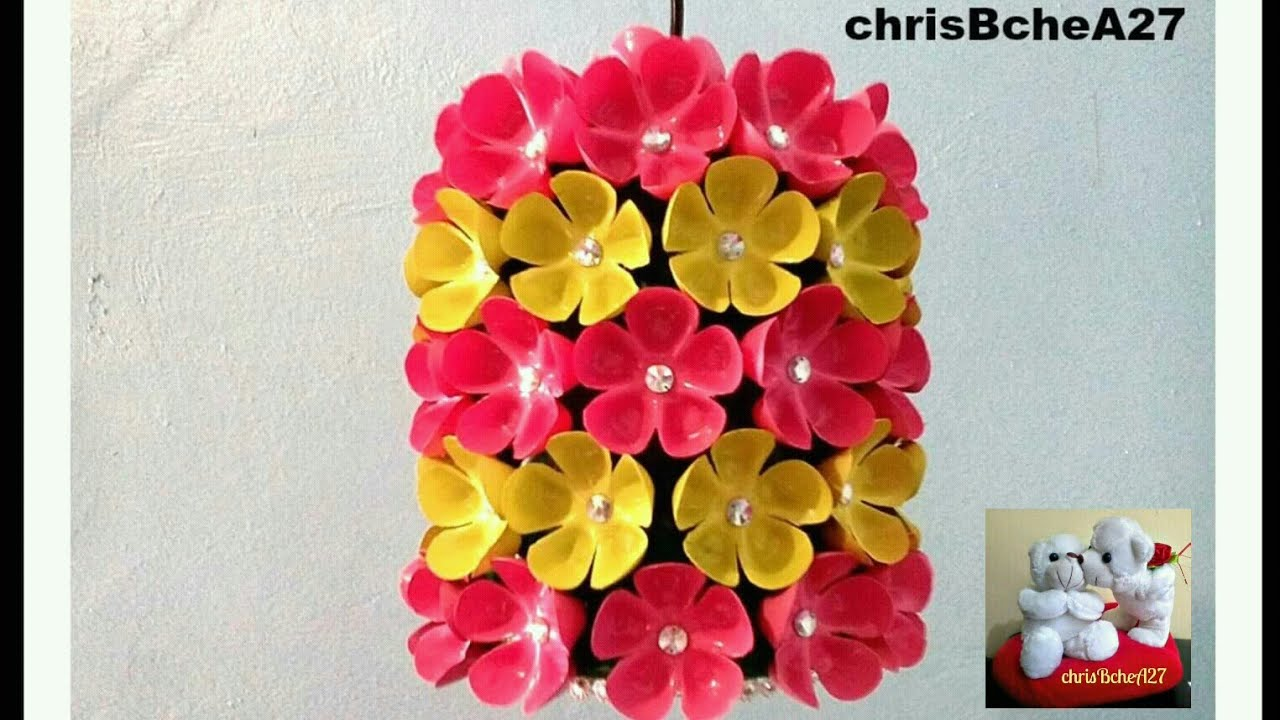 Diy 38 chandelier made of recycled plastic bottles youtube arubaitofo Images