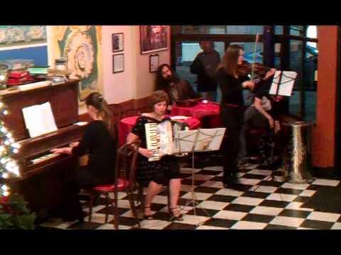Quinta at Caffe Mediterraneum 2-15-14: Lagrimas y sonrisas