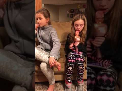 Kylie & Hanna sing w/their new microphones