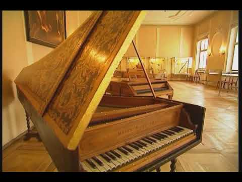 Salzburg: Mozart's Birthplace and House [Romanza from Piano Concerto No. 21 in C major, K.467]