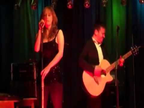 Modern Wedding Music Merseyside in the North West - The Distance