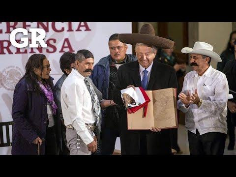 Visitan familiares de Zapata a Obrador