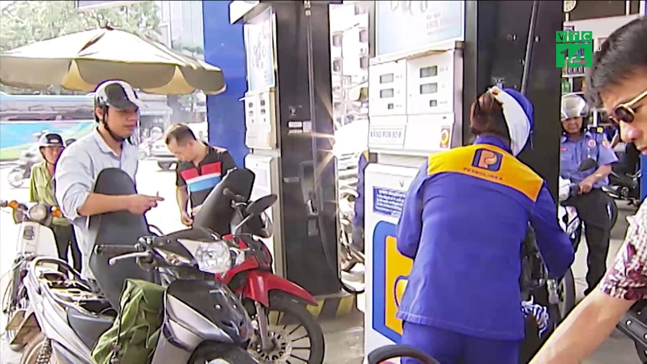 Giá xăng giảm mạnh xuống thấp nhất trong vòng 16 tháng qua| VTC14