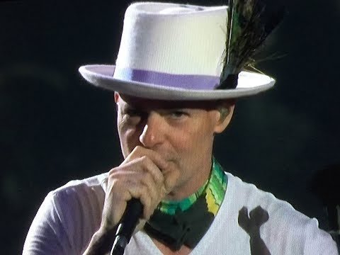 Gord Downie vocalist/lyricist/poet of The Tragically Hip passes away at 53...