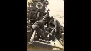 lowestoft trawler and crew circa 1920.wmv