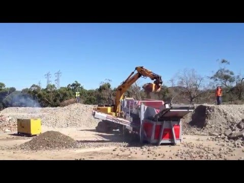 04 - Recycling soil and stones - ECOSTAR dynamic screening system