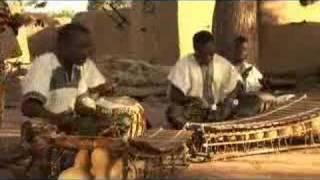 BORODOMBOROLA par le groupe Super Zamaza à Konsankuy mali