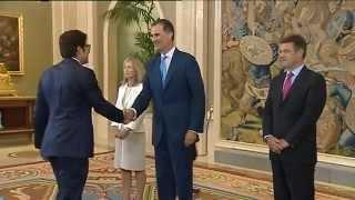 El Rey recibe a las promociones de abogados del Estado de 2014 y 2015 y también a la de 1990