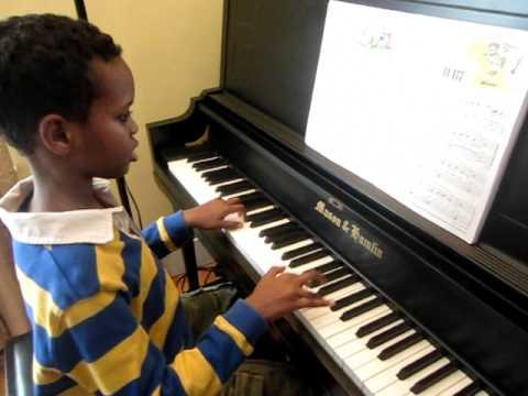 Abshir - Piano  Oom-Pa-Pa