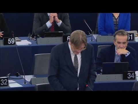 Europos parlamentas nubalsavo už rezoliuciją dėl Didžiosios Britanijos išstojimu iš ES