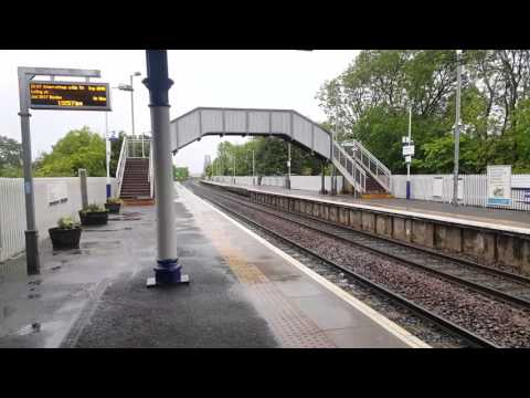 170454 Passing Dalmeny on an Edinburgh Waverley to Inverness via Perth Express
