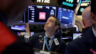 How will a slowing global economy impact earnings and the United States?