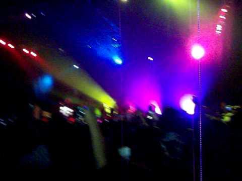 Taio Cruz - Dynamite (BB Live & Rockin' Concert)