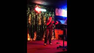 "Indian guy sings ""Baby Got Back"" on karaoke"