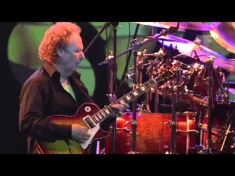 Lee Ritenour & Dave Grusin Live Java Jazz Festival 2013