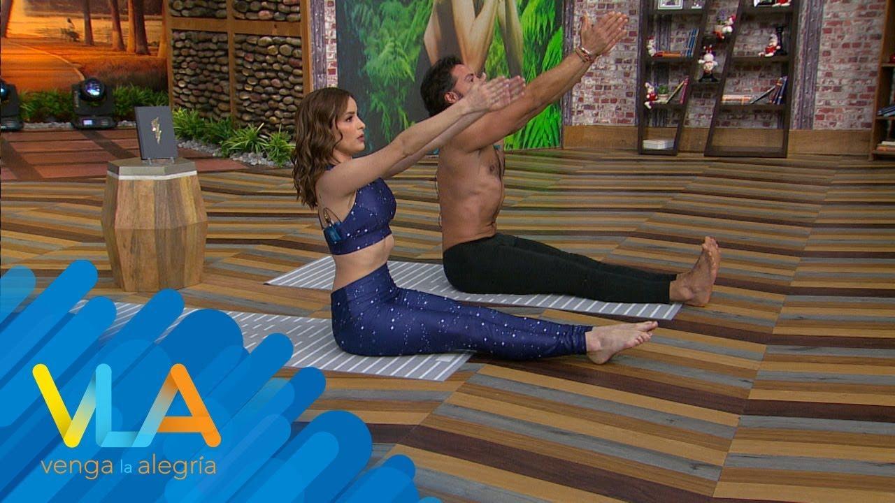 ¡Cynthia Rodríguez tiene sesión de YOGA con Alejandro Maldonado!
