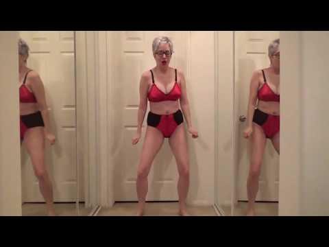 Bootylicious granny from IndianaKaynak: YouTube · Süre: 1 dakika25 saniye