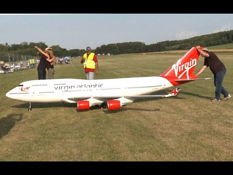 New Amazing Giant 747- 400 RC Airliner Model
