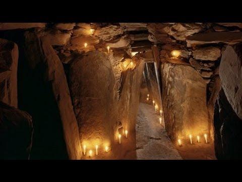 Winter Solstice at Newgrange - Inside the Passage Tomb