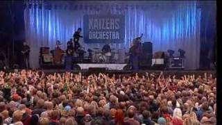 Kaizers Orchestra- Maskineri live at øya