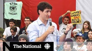Protesters interrupt Justin Trudeau's last town hall in Nanaimo, B.C.