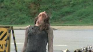 The Walking Dead - 1x06 - Final de Temporada - Castellano HD thumbnail