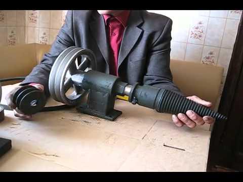Инструкция по сборке реечного дровокола. В качестве клина для реечного дровокола идеально подходит лезвие от широкого топора. Для этого отрезать лезвие и приварить (стараясь не нагреть лезвие) на две пластины 8х120х180мм в несколько проходов, потом зашлифовать. Схему клина смотрите в.
