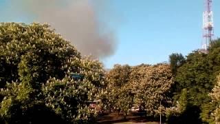 Чернигов. Пожар в центре. МЧС спустя пол часа.(, 2015-05-19T06:19:30.000Z)