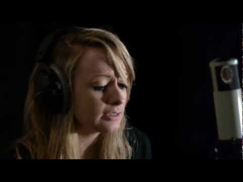 Fiona Macleod - Don't You Worry Child (OFFICIAL COVER)