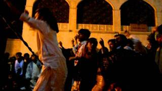 Hazrat Sakhi Lal Shahbaz Qalandar dhamal part 3