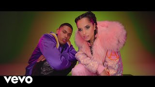 Смотреть клип Becky G, Myke Towers - Dollar