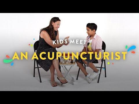 Kids Meet an Acupuncturist | Kids Meet | HiHo Kids