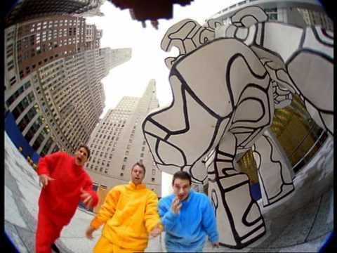 Alive (Bentley Rhythm Ace Remix).mpg