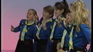 girl guides sing ging gang goole
