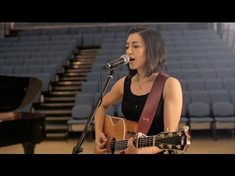 Iris - Goo Goo Dolls (Hannah Trigwell acoustic cover)