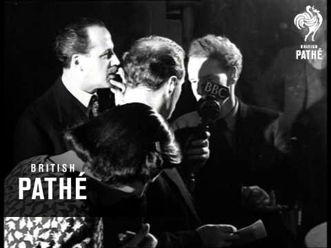While The Sun Shines (1946)