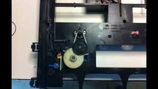 Video Yamaha CD player repair - door won't open download MP3, 3GP, MP4, WEBM, AVI, FLV Juli 2018