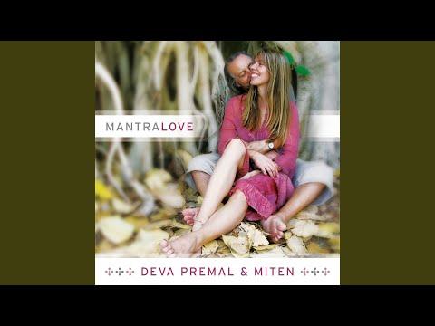 Deva Premal & Miten - Beautiful Surprise mp3 letöltés