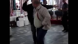 Une danse unique du Chaâbi algérien (Funny dance)