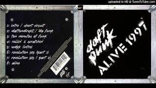 Daft Punk - 02. Daftendirekt / Da Funk (Live @ Que Club / Alive 1997)
